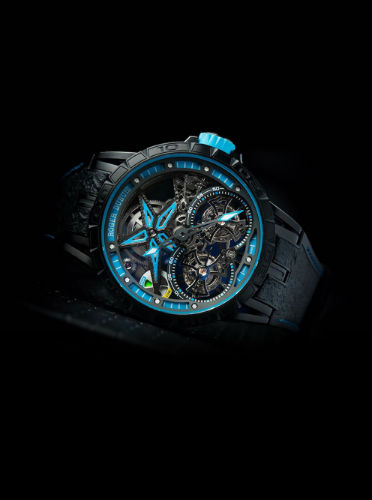 Excalibur Spider Pirelli in blue with black backdrop