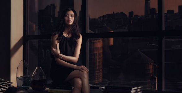 Daniel Wellington Classic Petite 28mm worn by Ming Xi