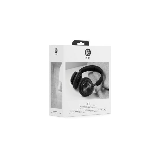 Beoplay H9i in black, in packaging