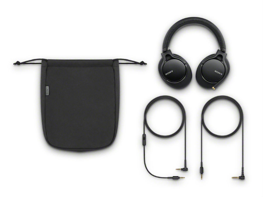 MDR-1AM2 in black with pouch and accessories