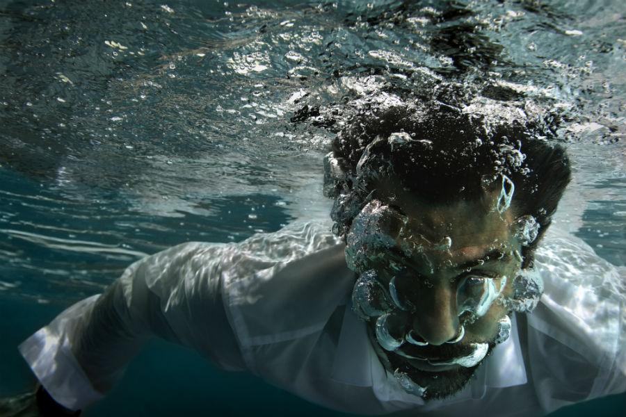 Ulysse Nardin man under water