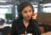 Vanessa using the Sennheiser HD 4.40 BT Wireless Headphones