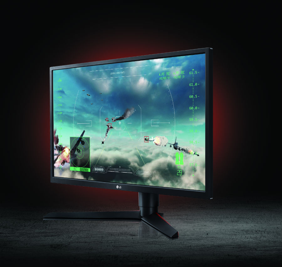 LG 27GK750F with game on screen