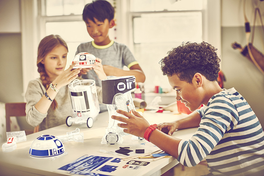 Droid building at Tinkeracademy
