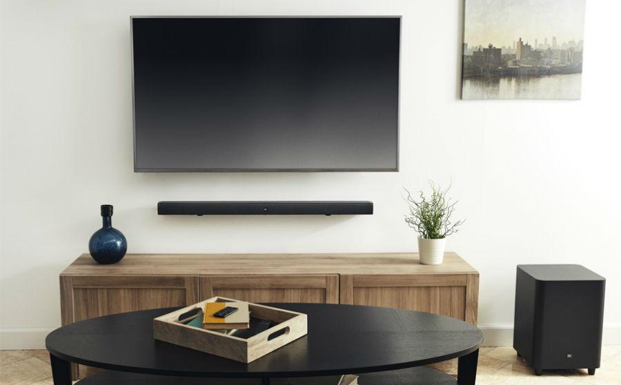 JBL Bar 3.1 in Black beneath TV