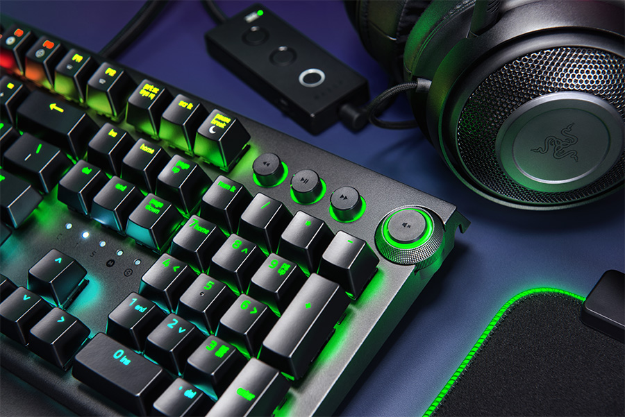 Close up of the Razer BlackWidow Elite