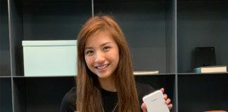 Vanessa with the Canon Mini Photo Printer
