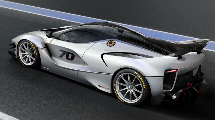 Ferrari FXX-K Evo side view