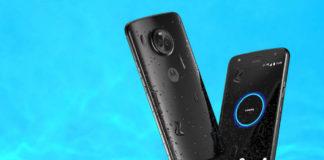 Motorola Moto X4 in Super Black on water background