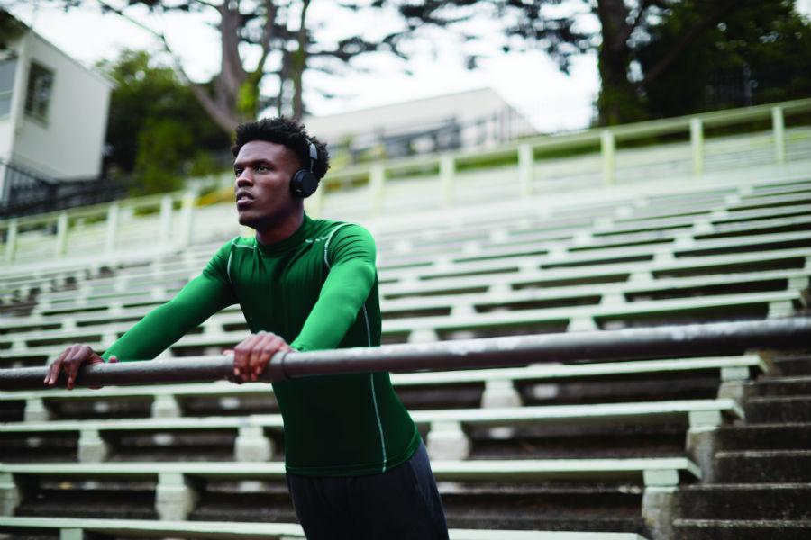 Athlete wearing Plantronics BackBeat FIT 505