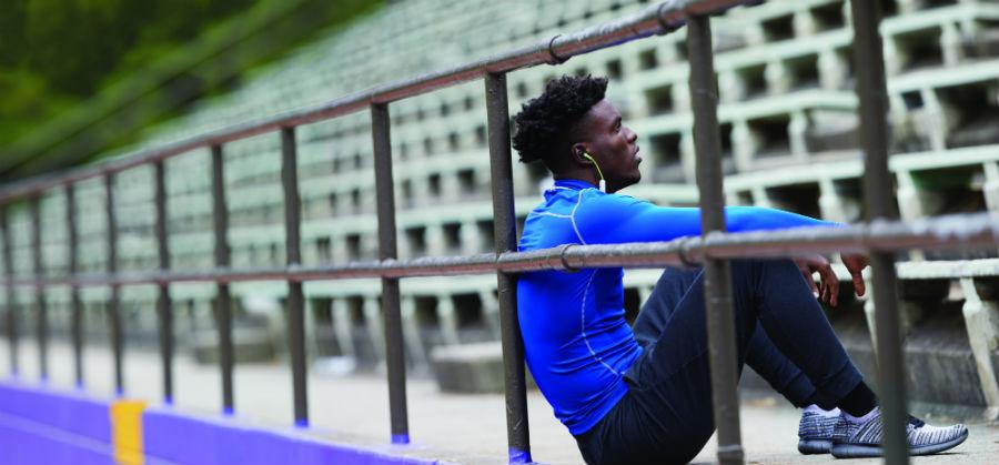 Athlete wearing Plantronics BackBeat FIT 305