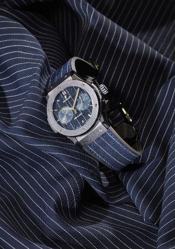 Hublot Classic Fusion Italia Independent in blue pinstripe