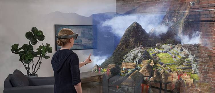 Virtual Reality with the Microsoft HoloLens