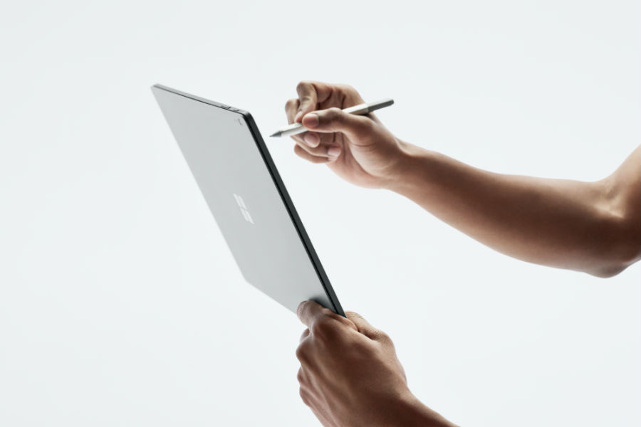 Person using Surface Book 2 with Surface Pen