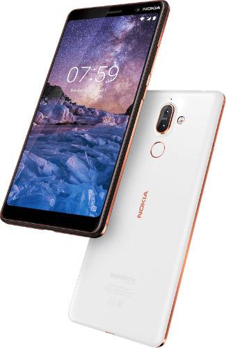 Nokia 7 Plus in white/copper