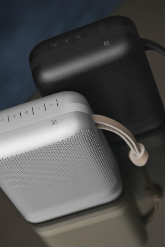 Beoplay P6 in silver and black