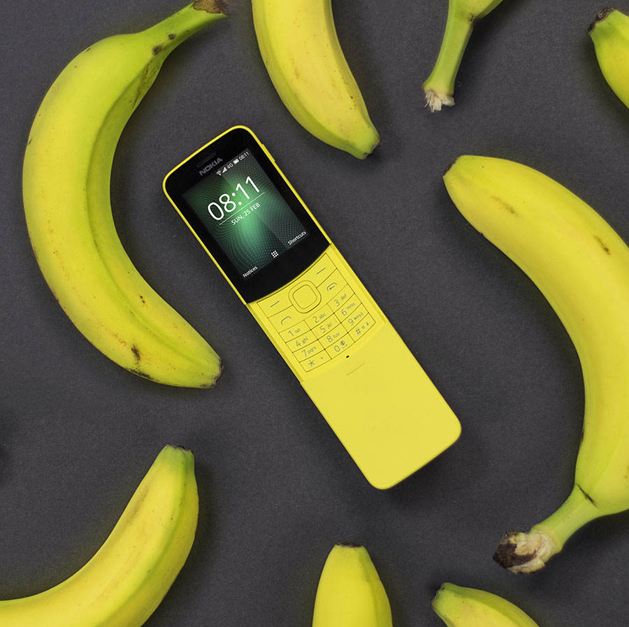 Nokia 8110 in yellow