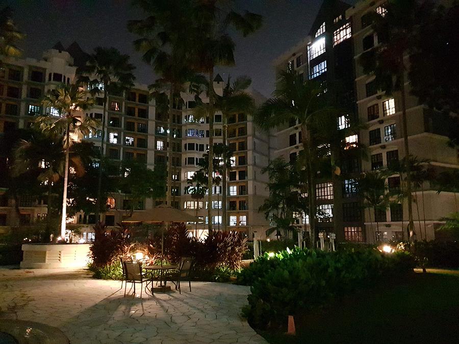 Night photo taken with the Vivo X21