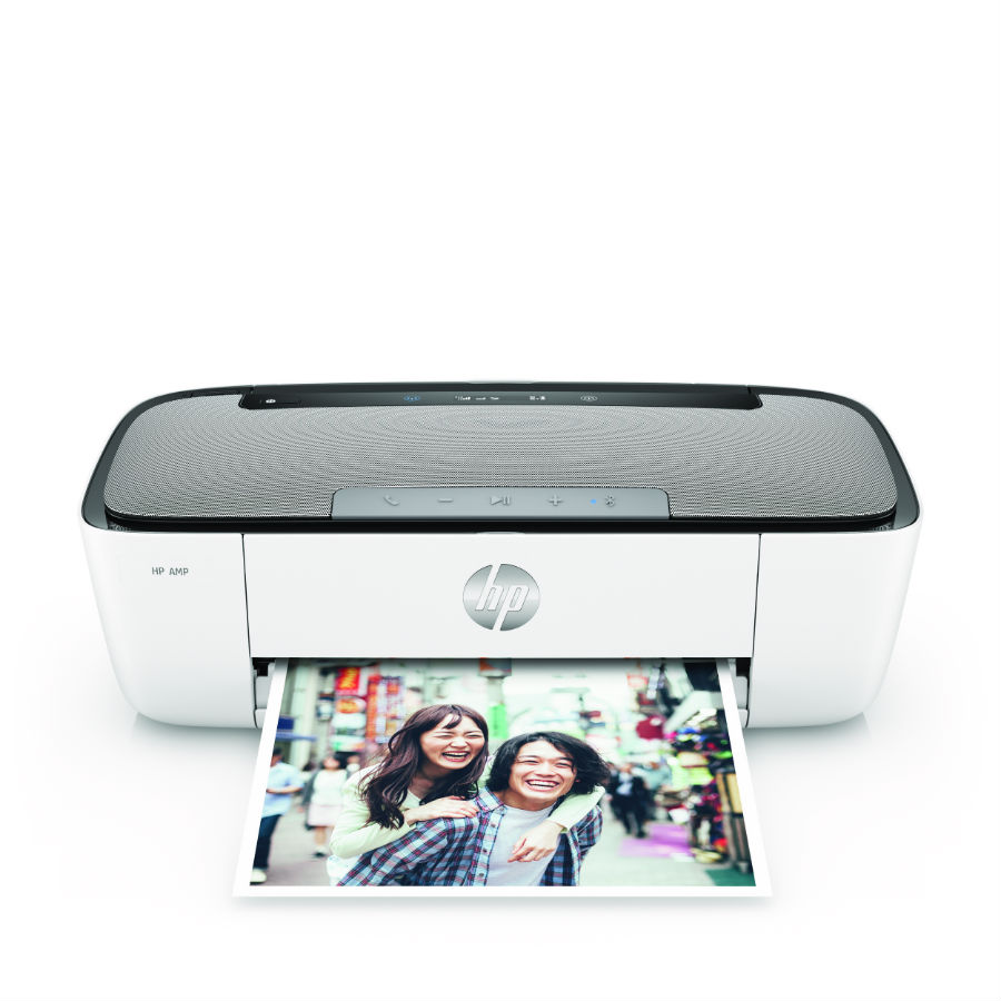 HP Amp printing photo of family