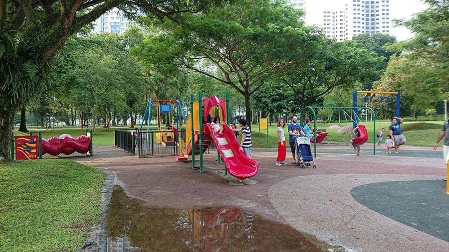 Playground photo taken with the Sony Xperia XZ2