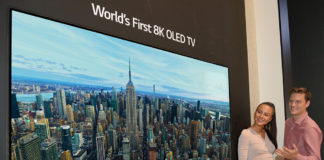 Viewing the LG 8k OLED TV
