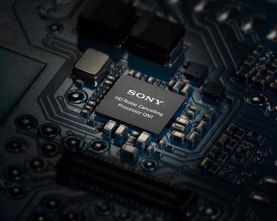 Sony WH-1000XM3's noise cancelling processor chip