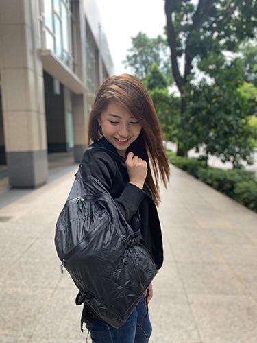 Vanessa with the Matador Freerain backpack
