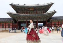 Natasha in Korea, taken with the Canon EOS 200DII