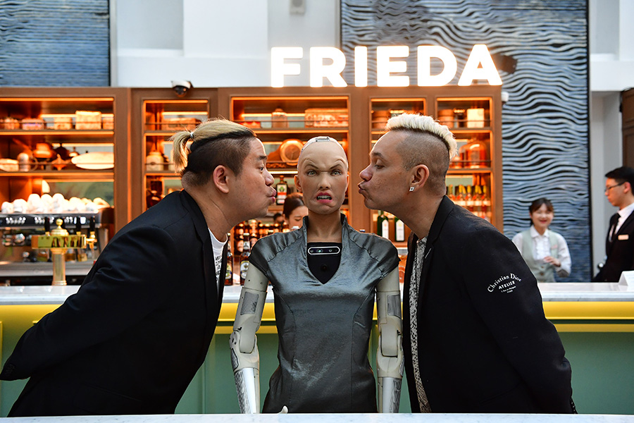 Sophia the Robot met the Muttons, Justin Ang (L) and Vernon A (R)