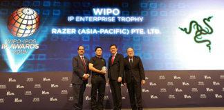 Chan Chun Sing presenting awards at the WIPO-IPOS Intellectual Property Awards 2019