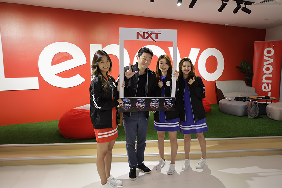 Eddie Ang, General Manager Lenovo Singapore with NXT Angels