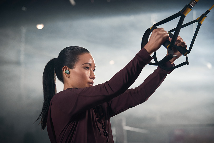 Woman working out with the Jabra Elite Active 75t