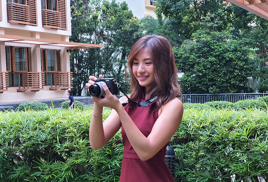 Vanessa in Thailand with the Canon EOS M6 Mark II