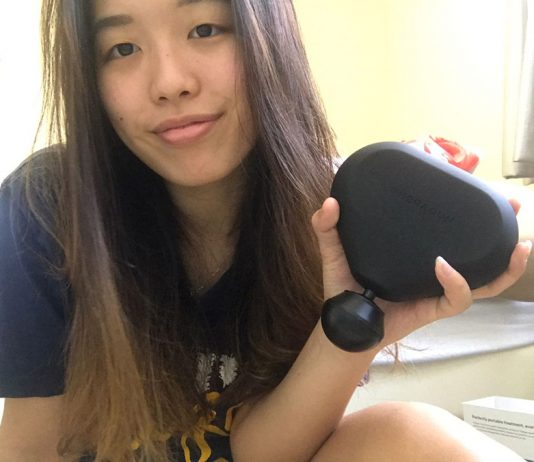 Zhimin with the Theragun Mini